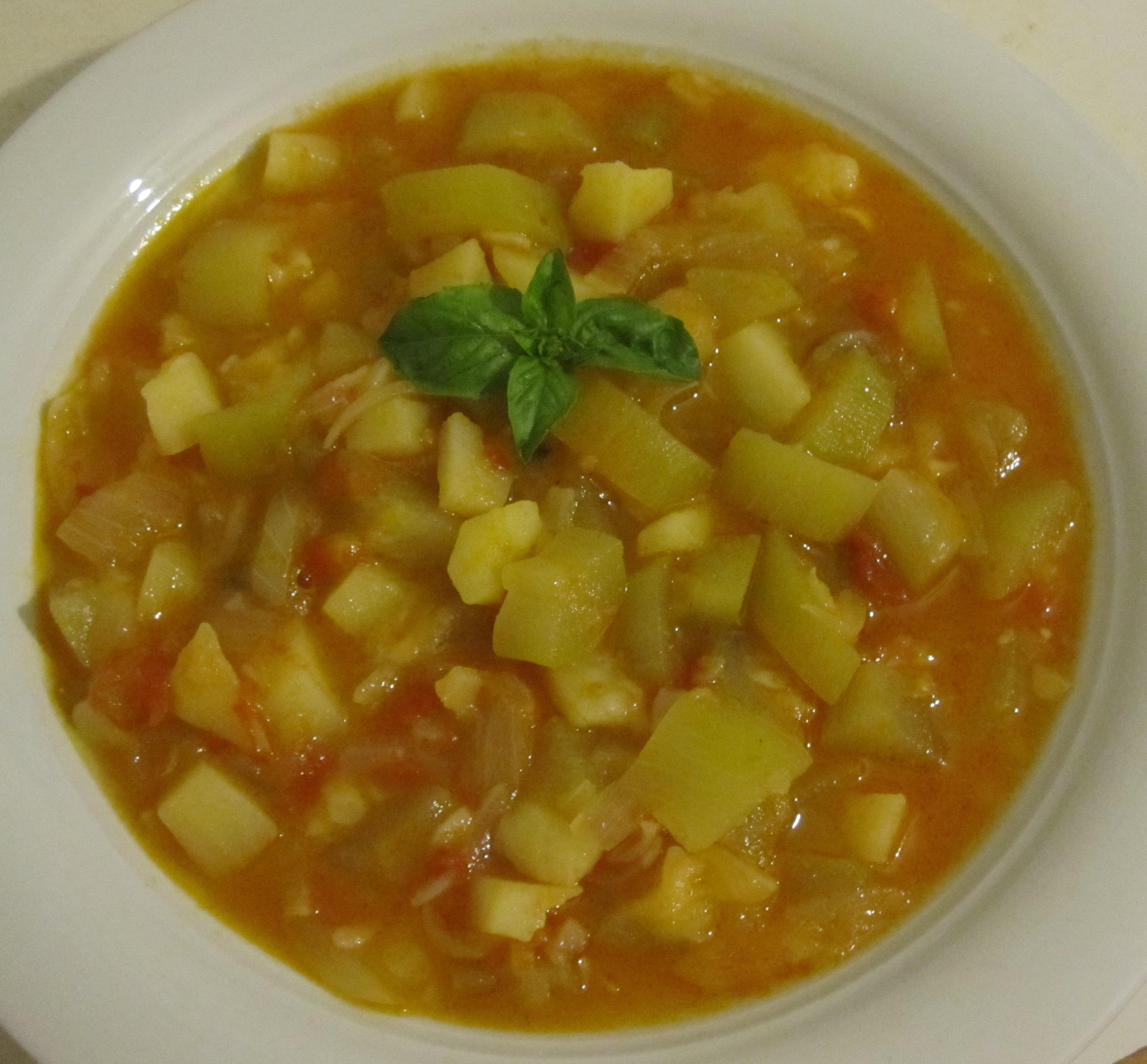 minestra estiva di zucchina siciliana, patate e pomodori | la mia ... - Come Si Cucina Il Minestrone