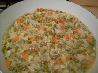 zuppa verza e piselli