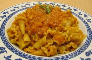 pasta al ragù di lenticchie